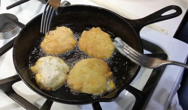 flipping-iowa-corn-fritters-with-a-fork